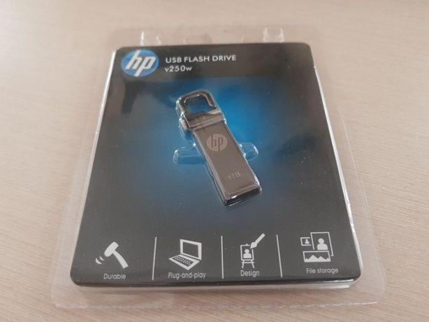 Вместительная и компактная Флешка HP usb flash 1Tb 2.0