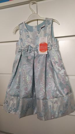 Wyjątkowa elegancka sukienka błękitna srebrna nitką kwiatki świąteczna