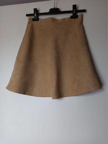 Zamszowa spódniczka mini