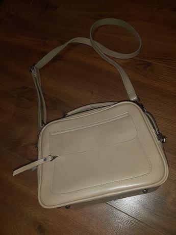 Бежевая сумка сумочка кожа