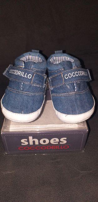 Buty niemowlęce chłopięce rozmiar 18 coccodrillo