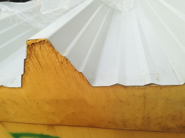 płyta warstwowa obornicka płyta sandwich PIR dach hala