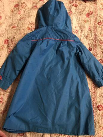 Пальто осінньо- весняне для дівчинки.