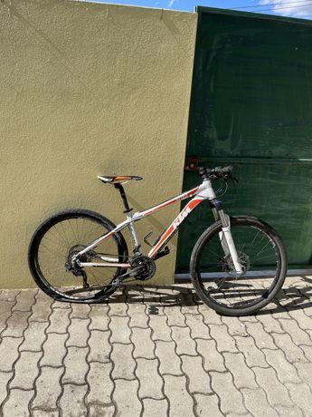 Bicicleta de BTT KTM