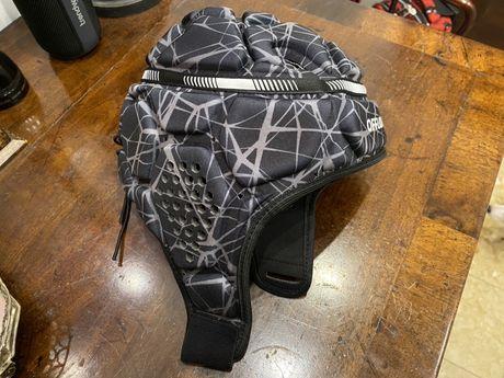 Proteção capacete cabeça adulto M hóquei ou rugby