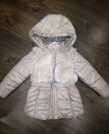 Zimowa kurtka mayoral płaszcz 104 płaszczyk z paskiem 4 lata futerko