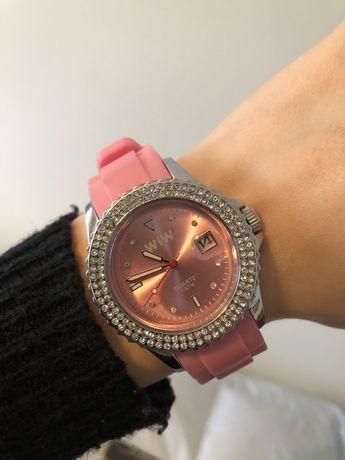 Relógio cor de rosa