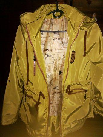 Осенняя куртка на девочку подростка