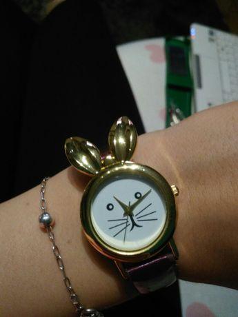 Zegarek damski na rękę fioletowy na pasku królik króliczek złoty