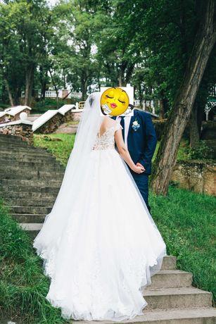 Свадебное платье бренда Lorenzo Rossi модель Kale.