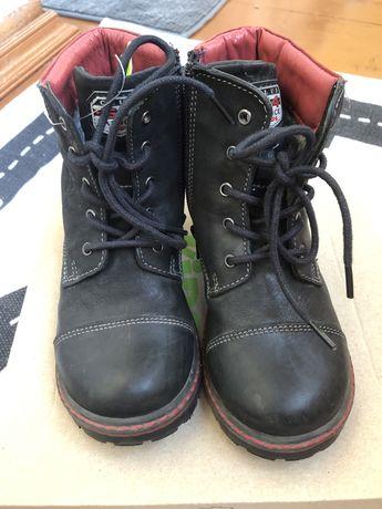 Ботинки кожанные 28 размер