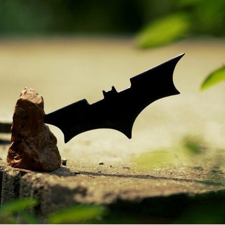 Batman shuriken, rzeźba, ozdoba