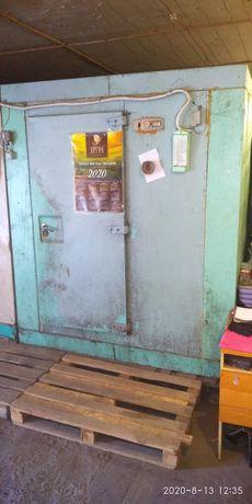 Холодильник промышленный без агрегатов