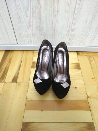 Туфли женские, туфельки под замш 35-36 рр