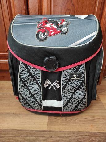 Ранец,  фирменный рюкзак для мальчика Belmil