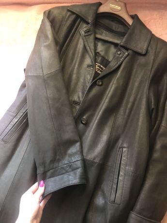 Skórzany płaszcz-zgniła zieleń