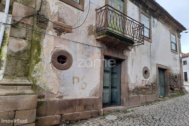 Casa do Juiz, Centro Histórico de Vila Flor, para recuperar.