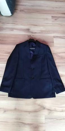 Sprzedam młodzieżowy garnitur firmy Konik