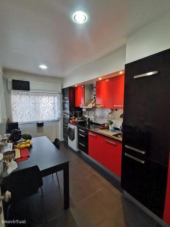 Apartamento T2 - Amadora Casal de São Brás