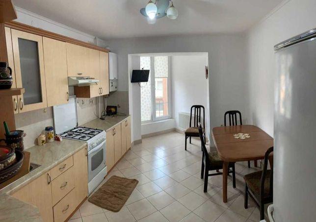 Пропонується в оренду шикарна 3-кімнатна квартира.