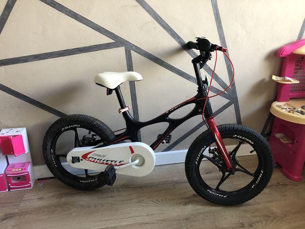 Дитячий велосипед 16'. Royal Baby Space Shuttle