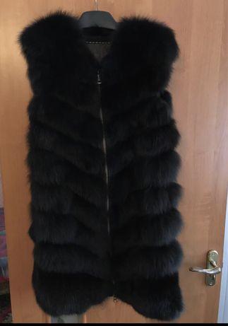 Продам меховую жилетку ) натуральный мех