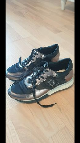 Sneakersy, buty, jak nowe, 38,5 POLECAM