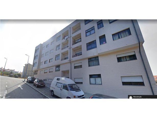 Apartamento T2 Laborim