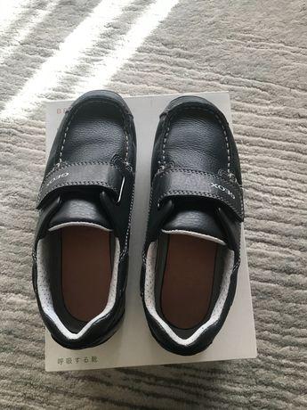 Sapatos geox novos t.32