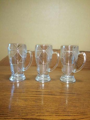 Скляні пивні келихи