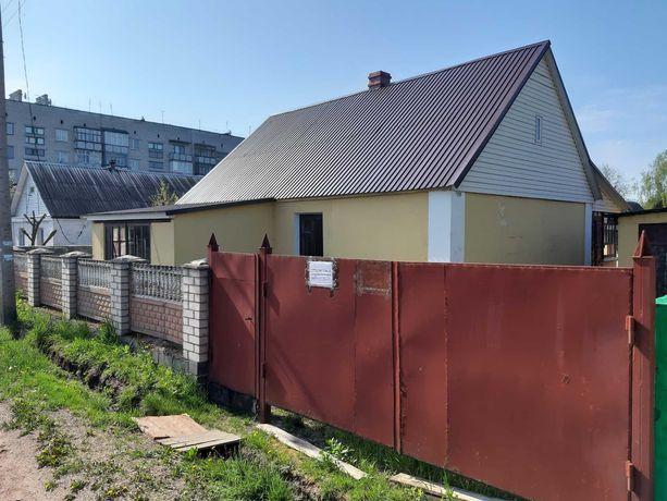 Будинок в смт Володарськ-Волинський
