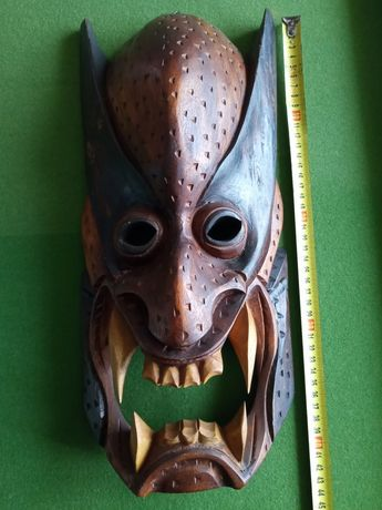 Maska diabła z Filipin monolit drewno unikat