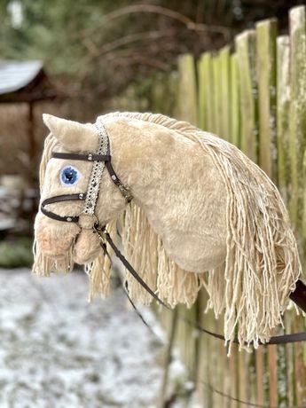 Hobby Horse / Konik na patyku - SZAMPAŃSKI jasne oczy