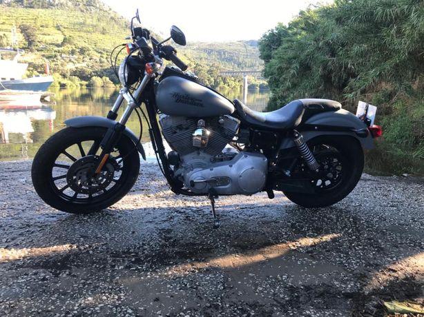 Harley Dyna Superglide