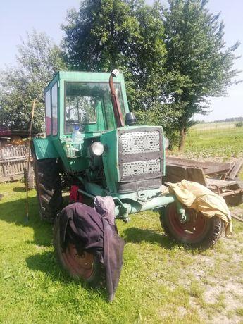 Трактор ЮМЗ в Робочому стані