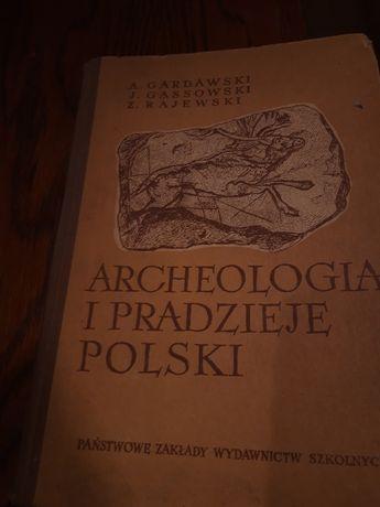 Książka Archeologia i pradzieje Polski. A. GARDAWSKI 1957