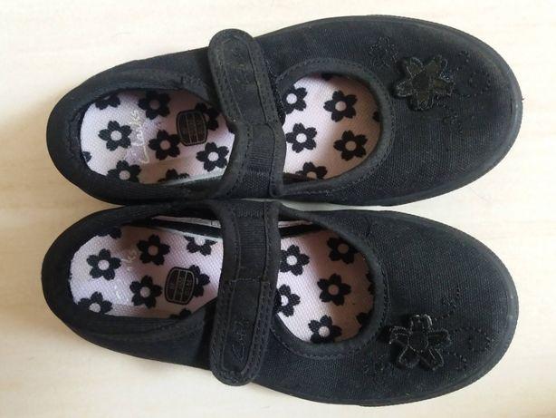 Clarks buty, kapcie. r. 25,5 wkładka 16,5 cm, na rzepy, jak nowe.