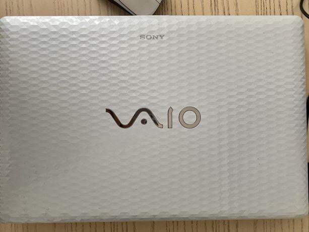 Ноутбук Sony VAIO VPCEL1E1R