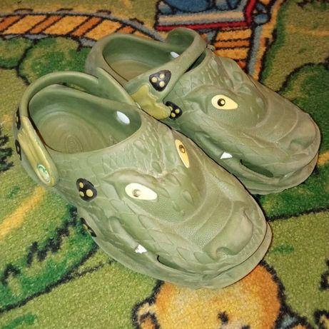 Детские шлепки Crocs Polliwalks
