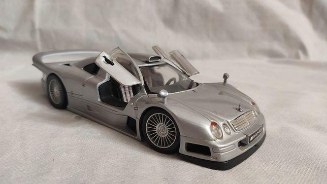 Модель Mercedes CLK-GTR 1.24-1.26 Maisto