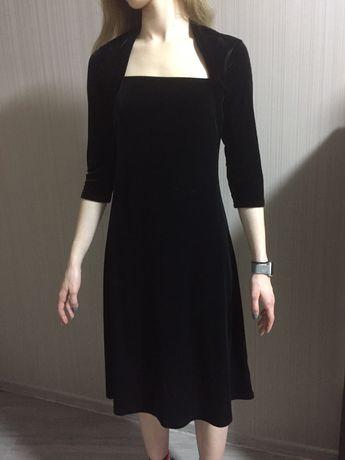 Платье бархат 44