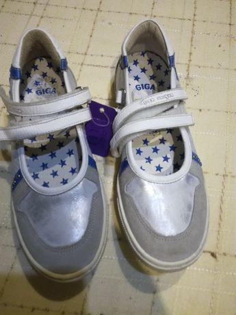 Продам туфли, туфельки 33р для девочки