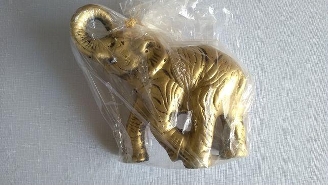 Fajny słoń na szczęście lub na prezent