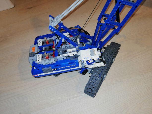 Lego Technic żuraw dźwig gąsienicowy 42042