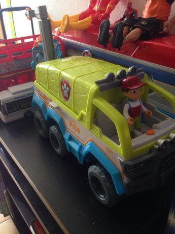 Camião patrulha pata