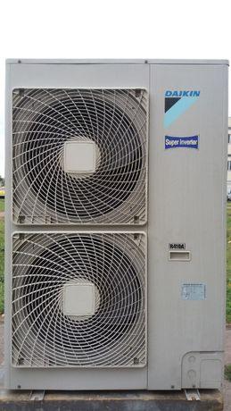 Наилучший кондиционер пром инвертор Daikin FBQ100B8V3B до 120 кв. м.