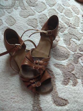 Туфли для бальных танцев , туфли танцевальные