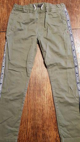 Spodnie chłopięce Tommy Hilfiger