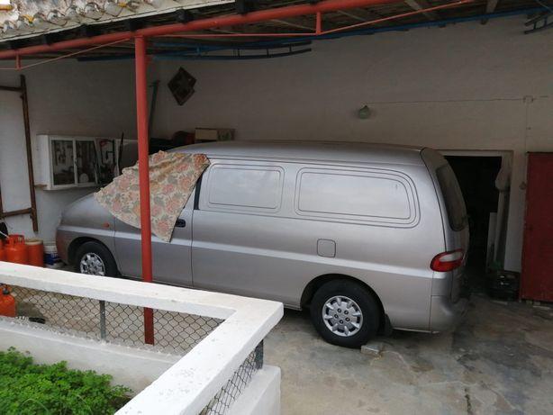 Venda de carrinha Hyundai H1