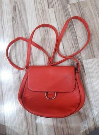 Czerwona torba